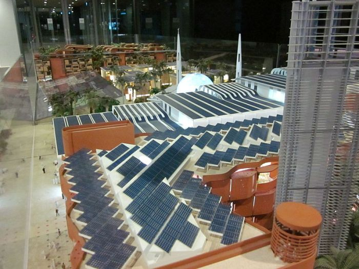 Scale_model_Masdar_city