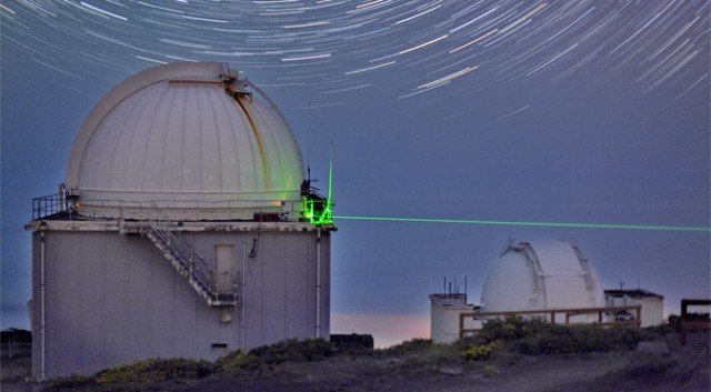 quantum-teleportation-star-trails-canary-islands-1-640x353