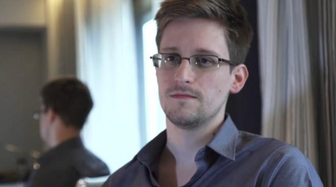 Edward-Snowden-660x367