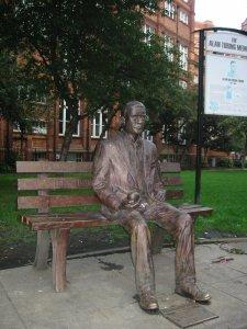 Alan_Turing_Memorial_Closer