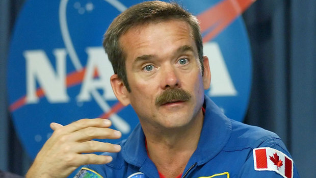 chris-hadfield-852-17888-8col