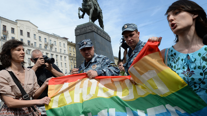 russia-gay-law-olympics.si