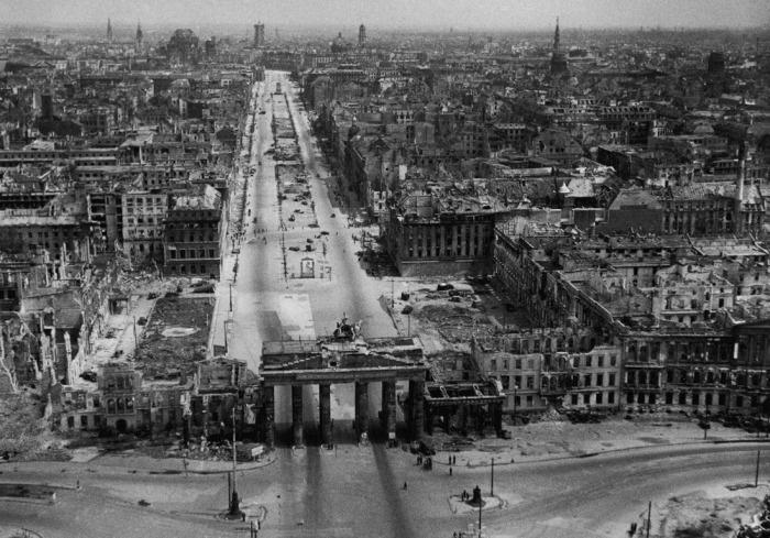 Berlin-1945_cropped