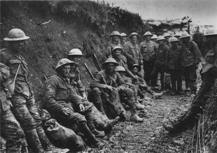 Royal_Irish_Rifles_ration_party_Somme_July_1916