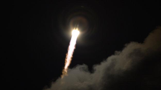 gaia_liftoff