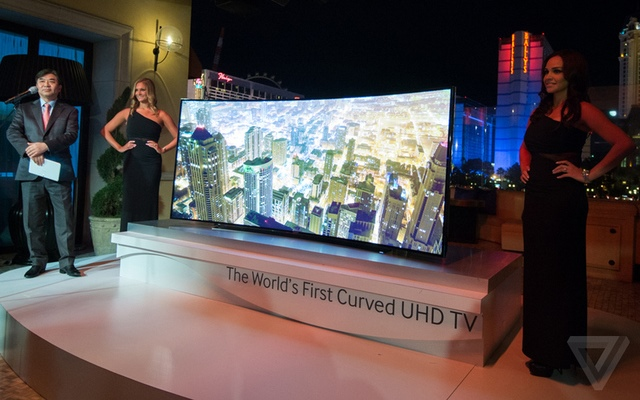 samsung-curved-tvs12_2040_verge_super_wide_large_verge_medium_landscape
