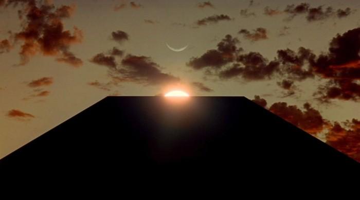 2001-monolith-alignment
