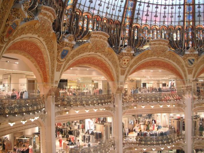 La Galleries Lafayette, interior