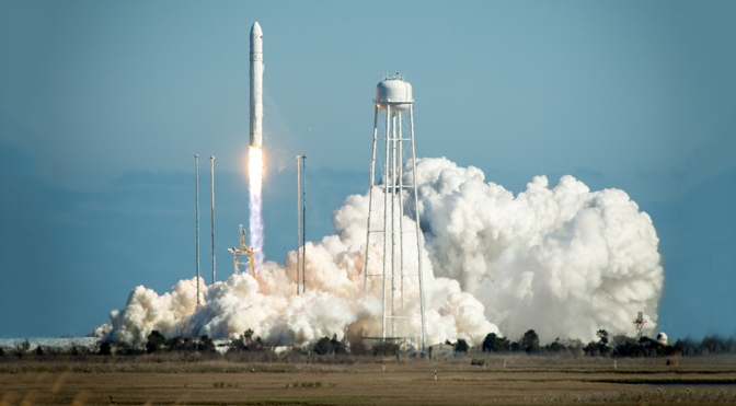 nasa-antares-launch-photo