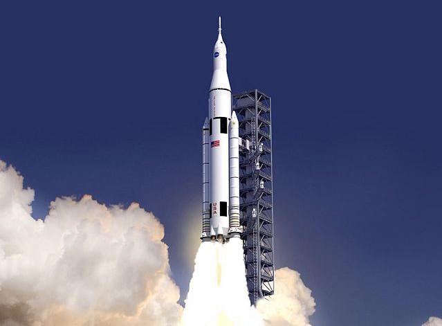 SLS_launch